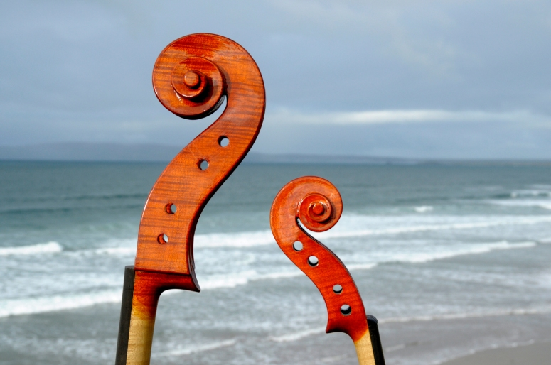 cello-violin-sea